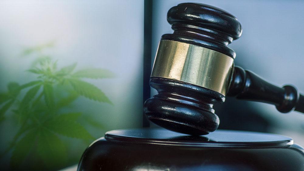lawsuit against aphria