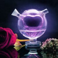 From Naughty to Nice: Our Guide to a Perfect (Weed Lovers') Valentine's